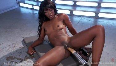 Ebony squirts xxx youtube porn videoer