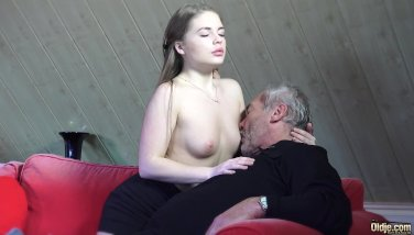 Grannie porno Kurze Anal-Sex-Videos