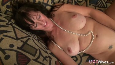 Usawives Insatiable Mature Female Self Plaything Onanism