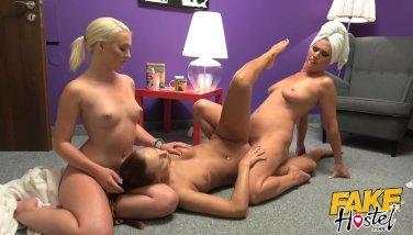 milf seduces teen girl porn big dicked tranny